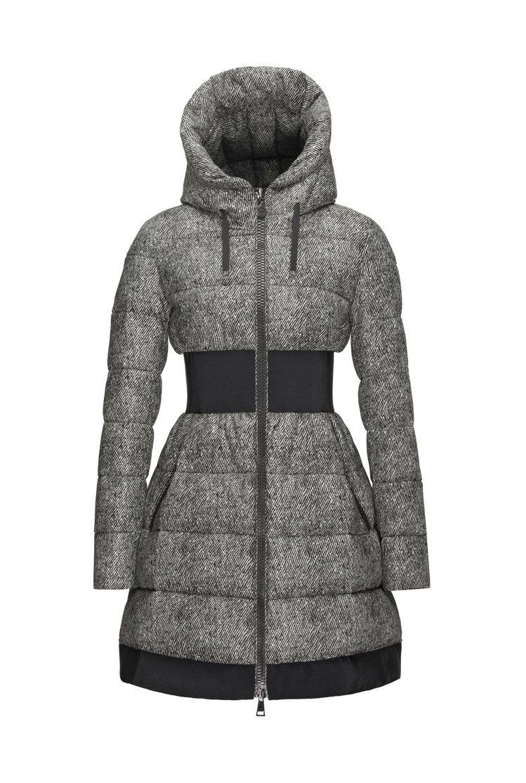 PUIVERT灰色束腰羽絨外套,售價62,400元。圖/MONCLER提供