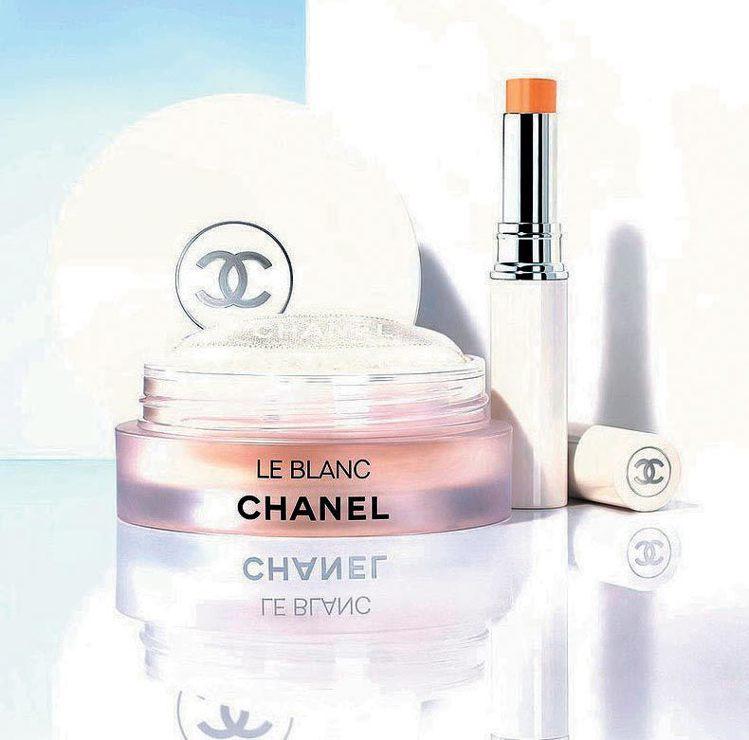 香奈兒珍珠光感超淨白底妝系列添加保養成分。 圖/香奈兒提供