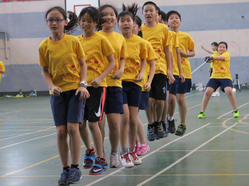 「跑步大撲滿」 新北學子最會跑