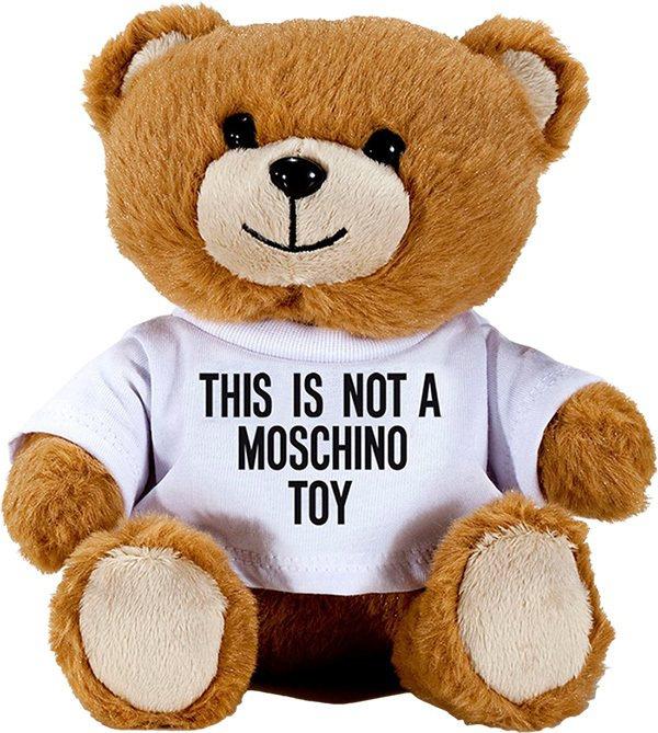 MOSCHINO 熊芯未泯淡香水,以豐富的花香調如紫羅蘭等,結合山楂、香草,組成...