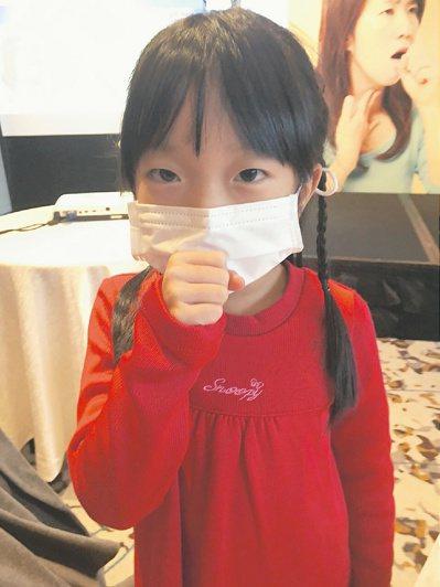 醫師提醒民眾發現感冒初期症狀,應正確護理治療,避免小病變大麻煩。 記者鄧桂芬/攝...