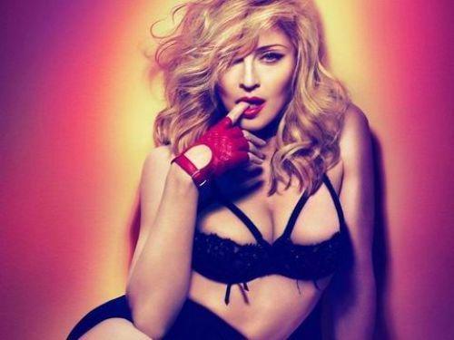 今年57歲的瑪丹娜,在過去三十年成功翻轉女性主義的傳統教義。圖/Live Nat...
