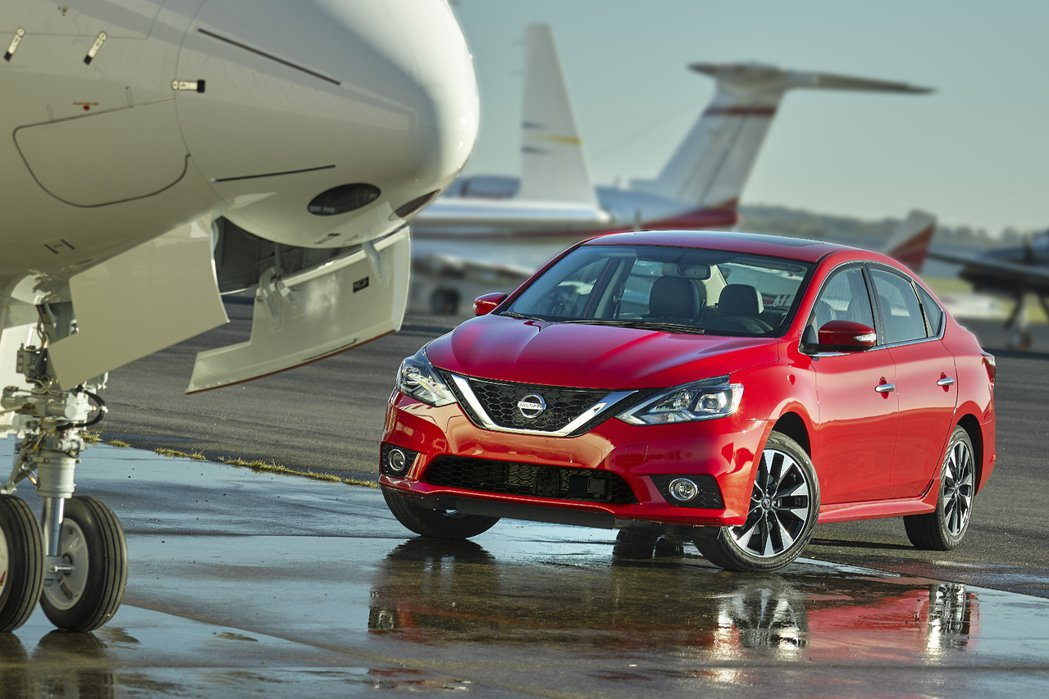 Nissan北美公司副總裁Michael Bunce表示,全新Sentra將會導入新引擎並有望推出掀背車型。 摘自Nissan.com