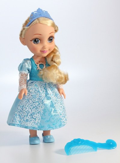 會說話智慧娃娃冰雪公主。圖/愛買提供