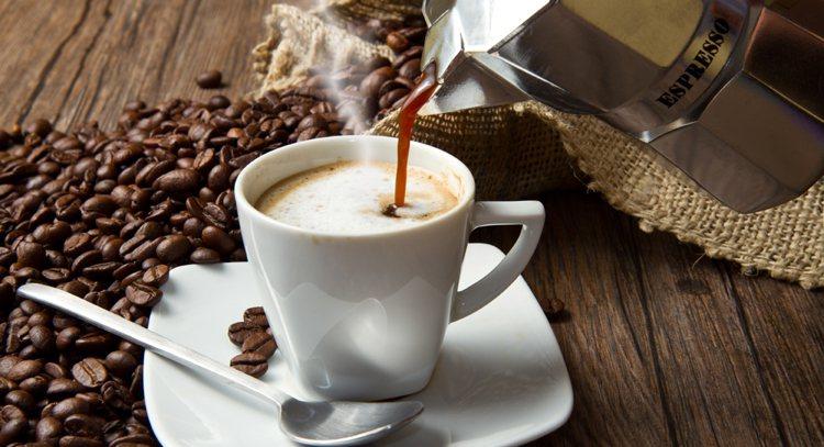 喝咖啡對身體好不好? 沖泡或過濾有差。 圖/ingimage