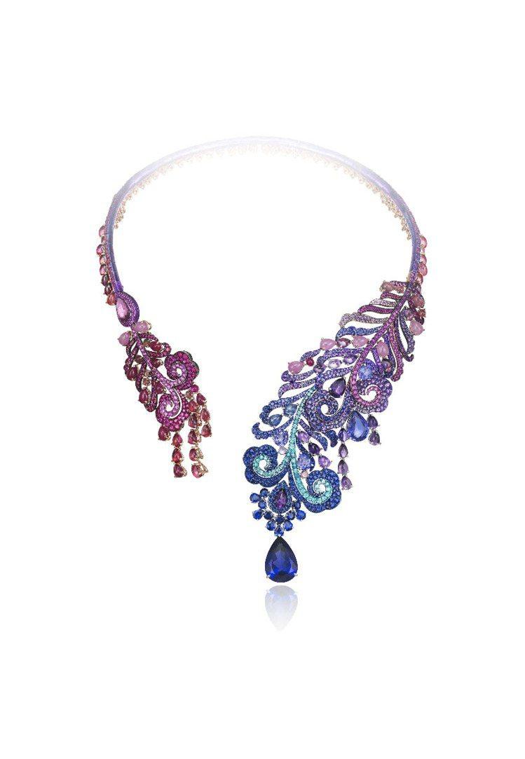 高級訂製珠寶系列項鍊,18K白金與鈦金材質,鑲嵌花式切割藍寶石、紫水晶、紅碧璽、...