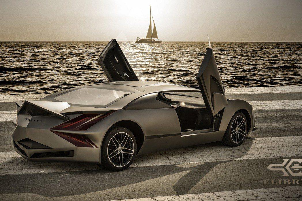 從整體外觀設計與後三角窗進氣孔的配置來看,此車將有可能採用後置引擎設定。 摘自Elibriea Automotive