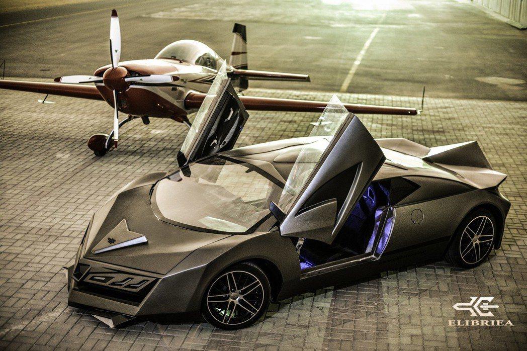 目前這部Elibriea超跑預計三月開始接受預訂,最快年底即可進行交車。 摘自Elibriea Automotive