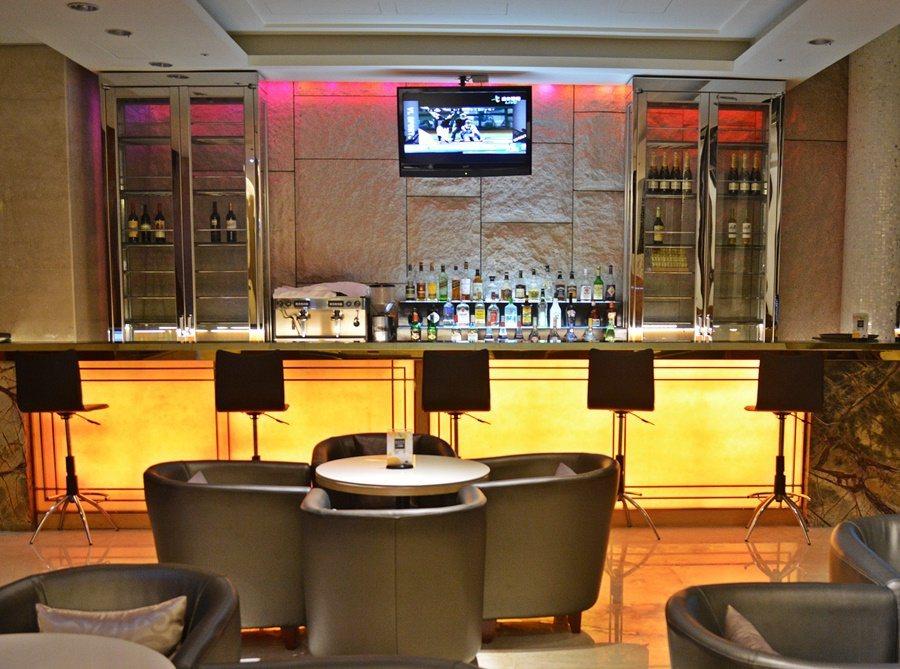 一樓是情調浪漫的品Lounge吧。