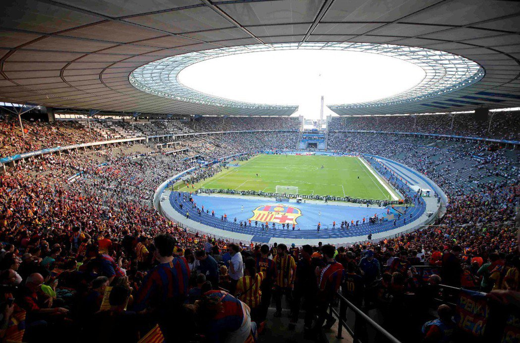 Olympiastadion 球場全景。 圖/路透社