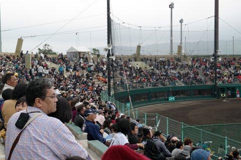 「球春到來」:棒球春訓也能為沖繩迎來商機?