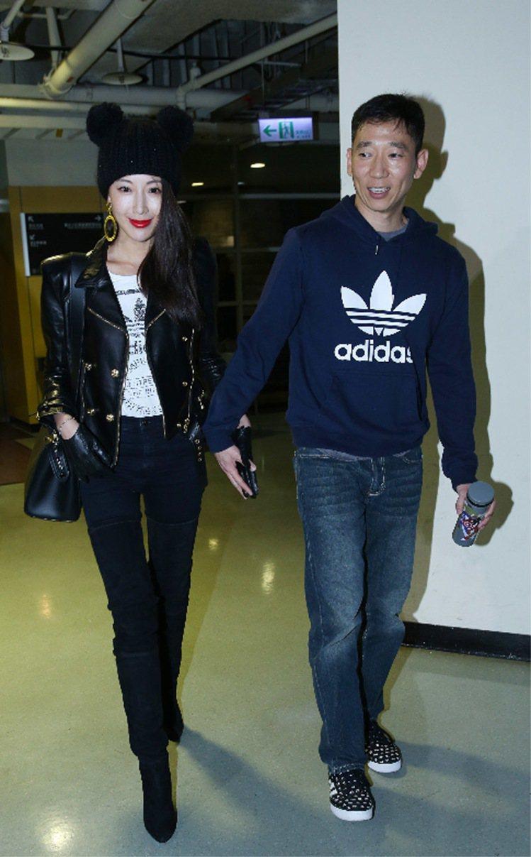 隋棠與老公Tony觀賞瑪丹娜台北演唱會。記者陳瑞源/攝影