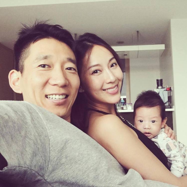 隋棠和老公Tony、兒子Max一家三口幸福洋溢。圖/摘自隋棠臉書