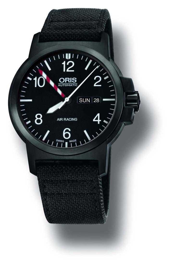 WTA官方夥伴Oris提供Air Racing Edition III腕表做為套...