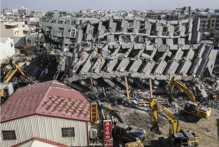 南台震災,新安東京海上產險第一時間成立「重大災害緊急小組」,並就近於台南分公司成立服務中心。 聯合報系圖片