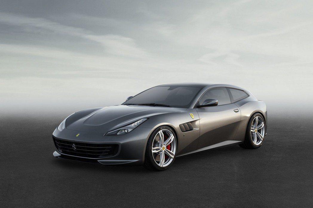 Ferrari於大年初一當天公布旗下全新車型─GTC4Lusso。 摘自Ferrari.com