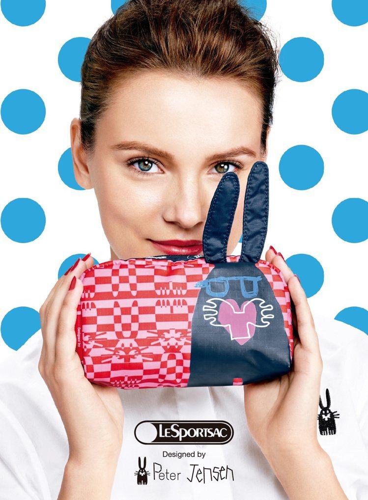 LeSportsac和丹麥設計師Peter Jensen聯名推出兔子包。圖/Le...
