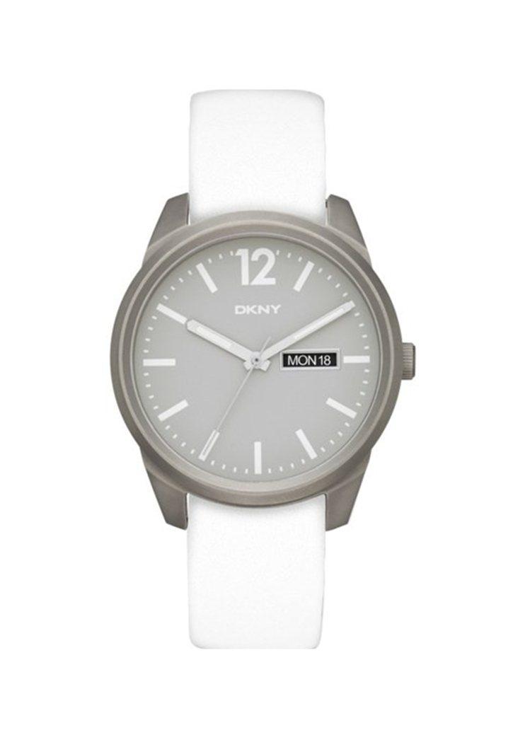 DKNY的 BRYAN PARK系列鈦金屬白色皮革腕表,價格9,160元。圖/f...