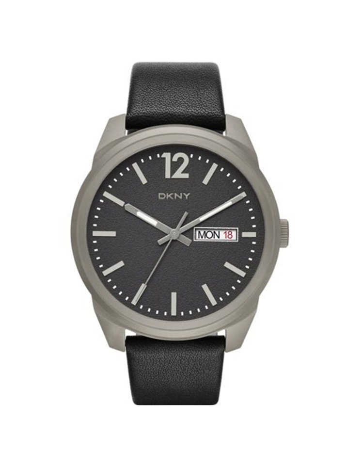 DKNY的BRYAN PARK系列鈦金屬黑色皮革腕表,價格9,160元。圖/fo...