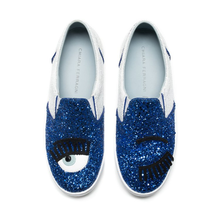 Flirting系列 靛藍拼接白色亮片厚底休閒鞋 $10,200。圖/Chiar...