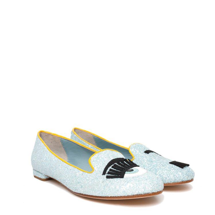 Flirting系列 寶貝藍亮片滾黃邊樂福鞋 $10,200。圖/Chiara ...