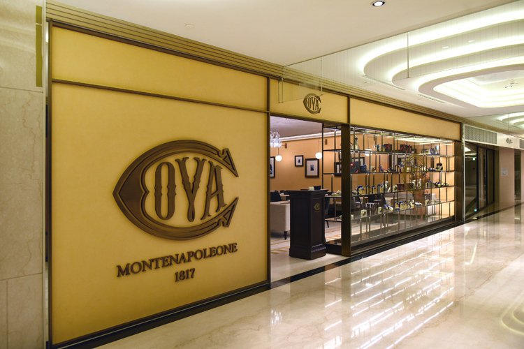COVA 進駐精品林立的台北微風信義2樓。圖/COVA提供