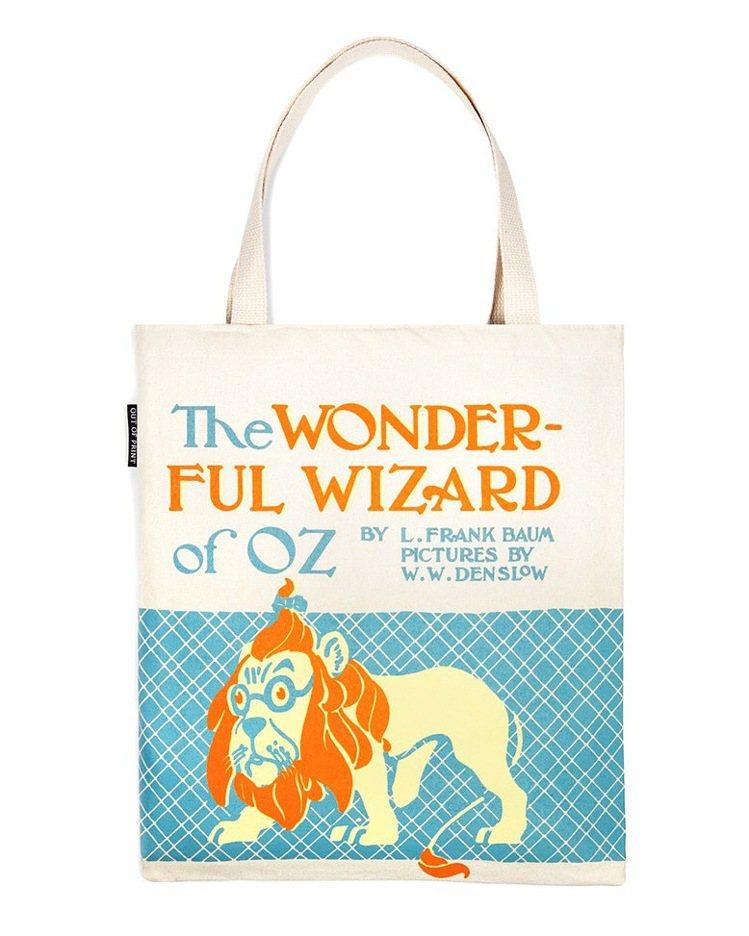 Out of Print綠野仙蹤-購物袋,售價980元。圖/初衣食午提供