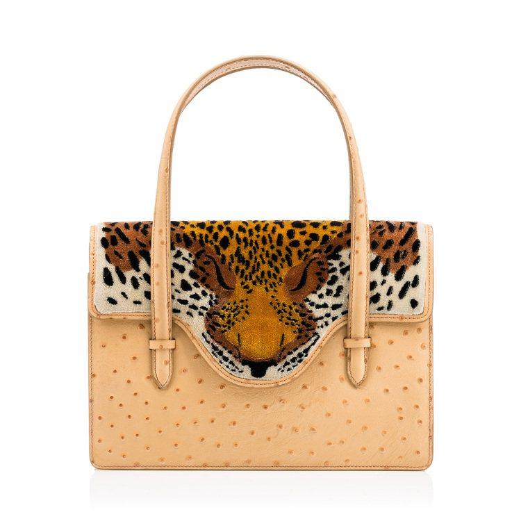 FIERCE虎紋地毯造型手提包,售價53,800元。圖/CHARLOTTE OL...