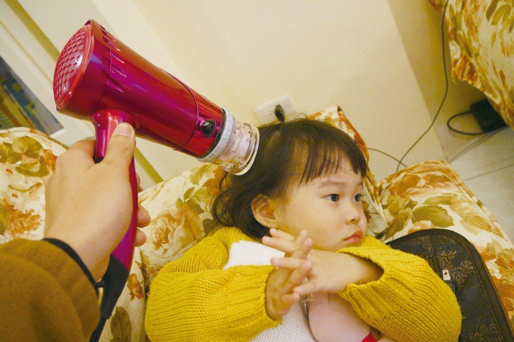 吹頭髮示意圖。 圖/本報資料照片、姚可棠提供