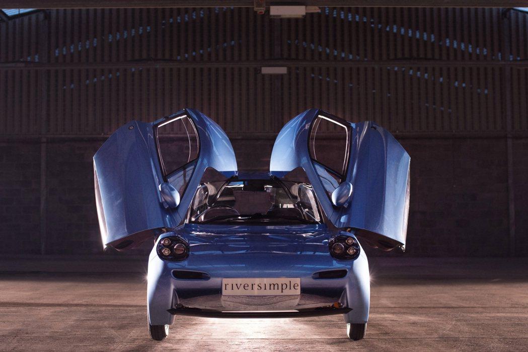 Rasa擁有全車空力套件、上掀式車門設計等。 摘自Riversimple.com