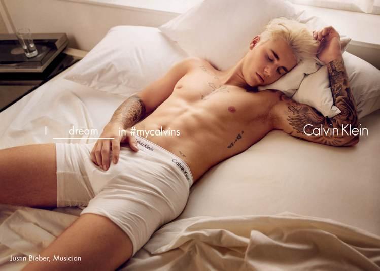 Calvin Klein內衣廣告再度邀小賈斯汀寬衣性感入鏡。圖/Calvin K...