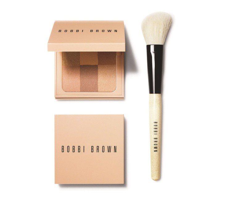 BOBBI BROWN彷若裸膚蜜粉餅,售價1,750元。圖/BOBBI BROW...