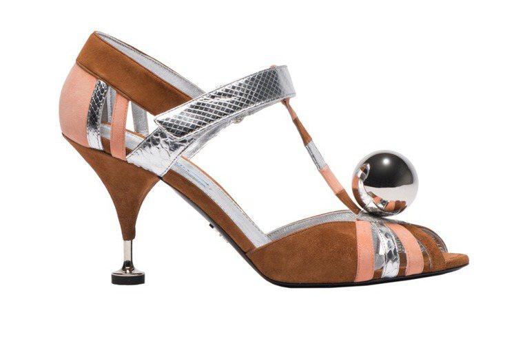 Prada古典金屬球跟鞋, 44,000元。圖/Prada提供