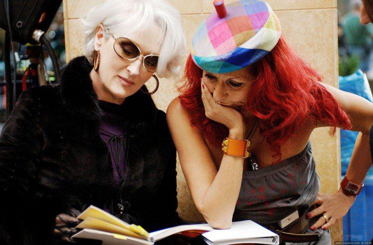 Patricia Field 說,她當初為梅莉史翠普設計造型時,是希望能夠打造一...