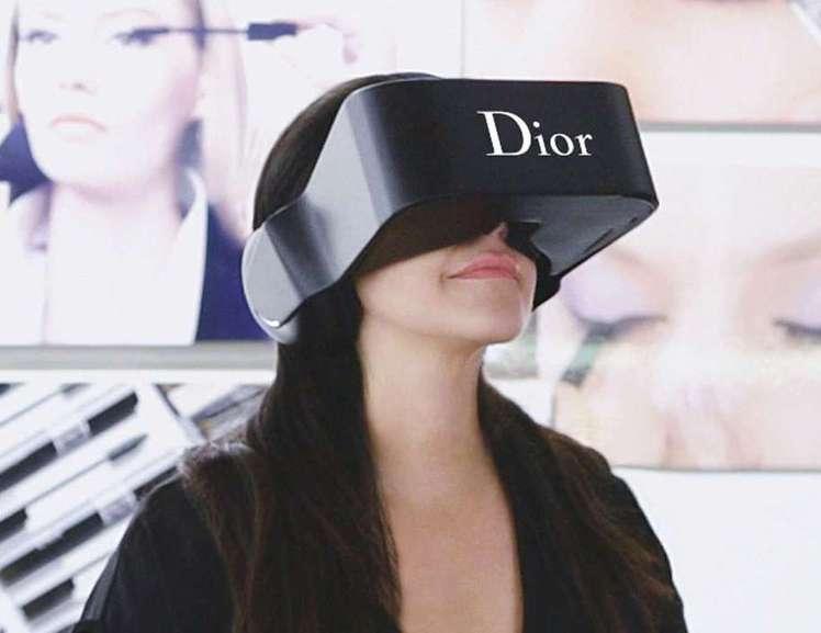 時尚品牌Dior也曾推出過自家專屬虛擬實際穿戴裝置。圖/摘自lvmh.com