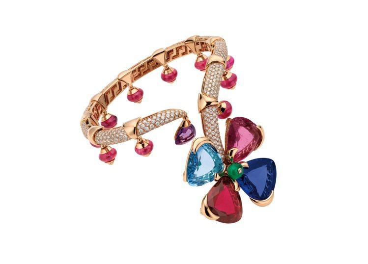 寶格麗2016來台頂級珠寶,Giardini秘密花園頂級珠寶彩寶手鐲。圖╱寶格麗...