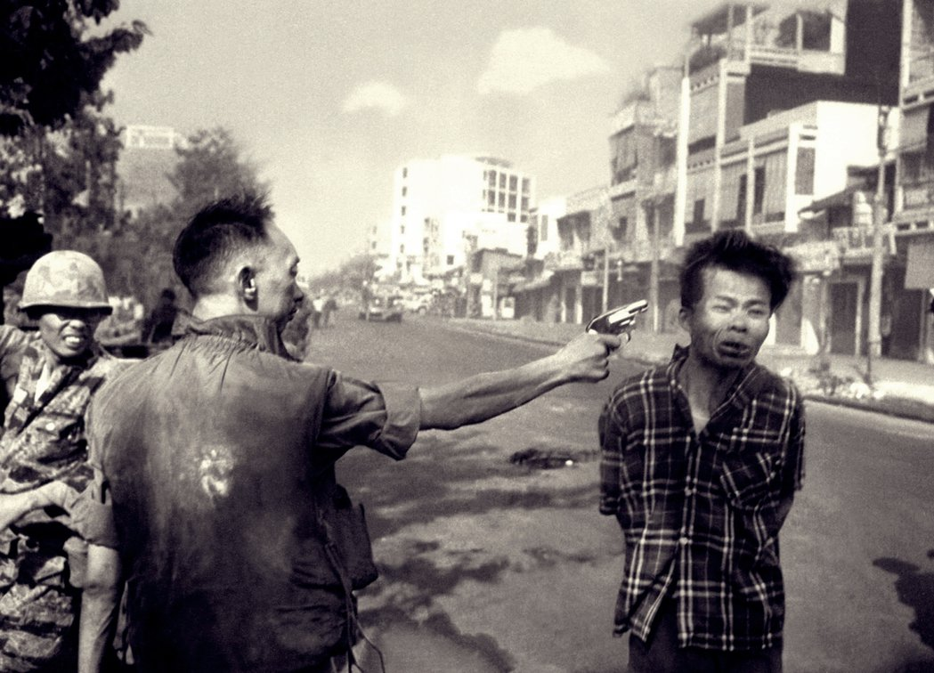 普立茲獎的處決瞬間。執行國家暴力亦被視為穩定社會的必要手段。圖為1968年,在西...