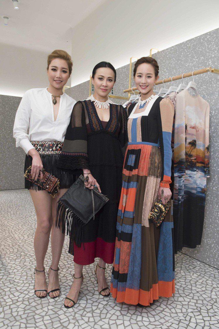 (左至右) A-Lin、劉嘉玲、張鈞甯為Valentino開幕酒會站台。圖/Va...