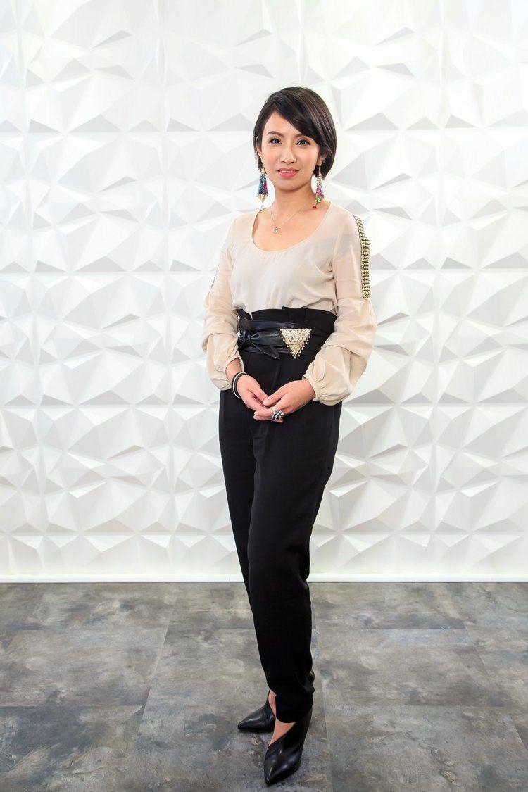 蔡佳宸創立首飾品牌Weng Collection成就自己的夢想。圖╱Weng C...