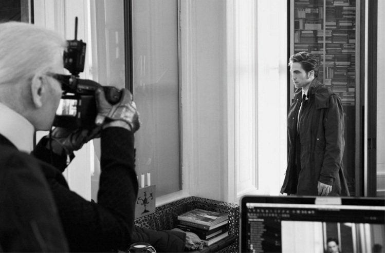 羅伯派汀森首支 Dior Homme 廣告是由時尚大帝卡爾拉格斐掌鏡。圖/擷自t...