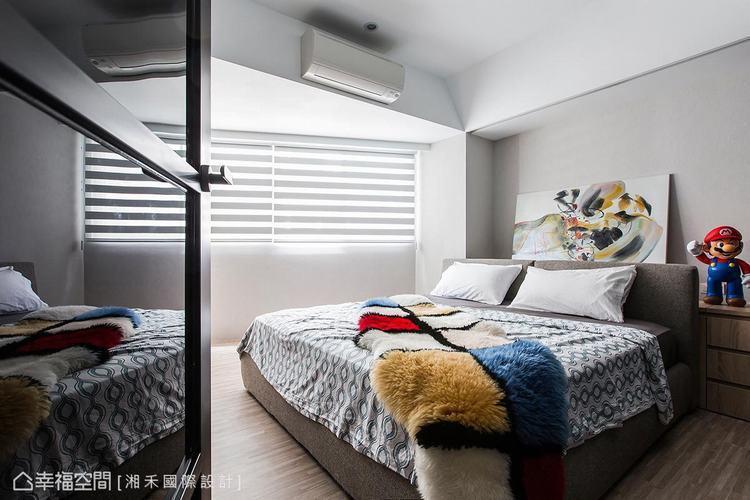 ▲畸零空間: 特別在畸零角的方位設計一處臥室領域,讓公共空間以方正格局做為呈現。