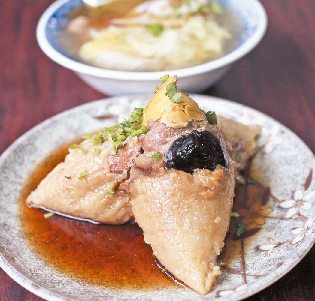 台南東區商圈美食再發號肉粽,至今已有130多年歷史。 記者劉學聖/攝影
