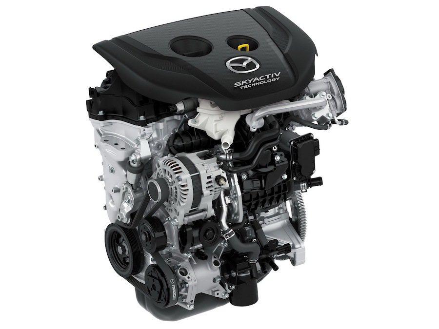 Mazda同時也展出了搭載1.5L柴油引擎的新年式Mazda3。 Mazda提...