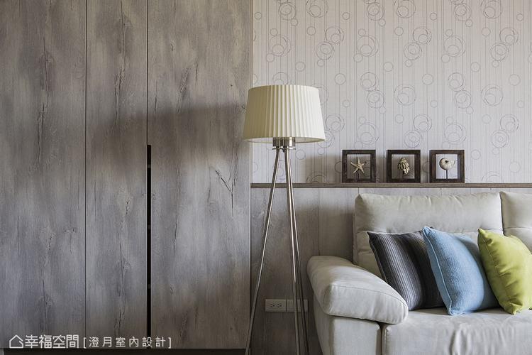 ▲生活品味: 運用乾淨的線面,鋪陳溫婉的空間神情,沙發後方則利用平台的方式,放置...