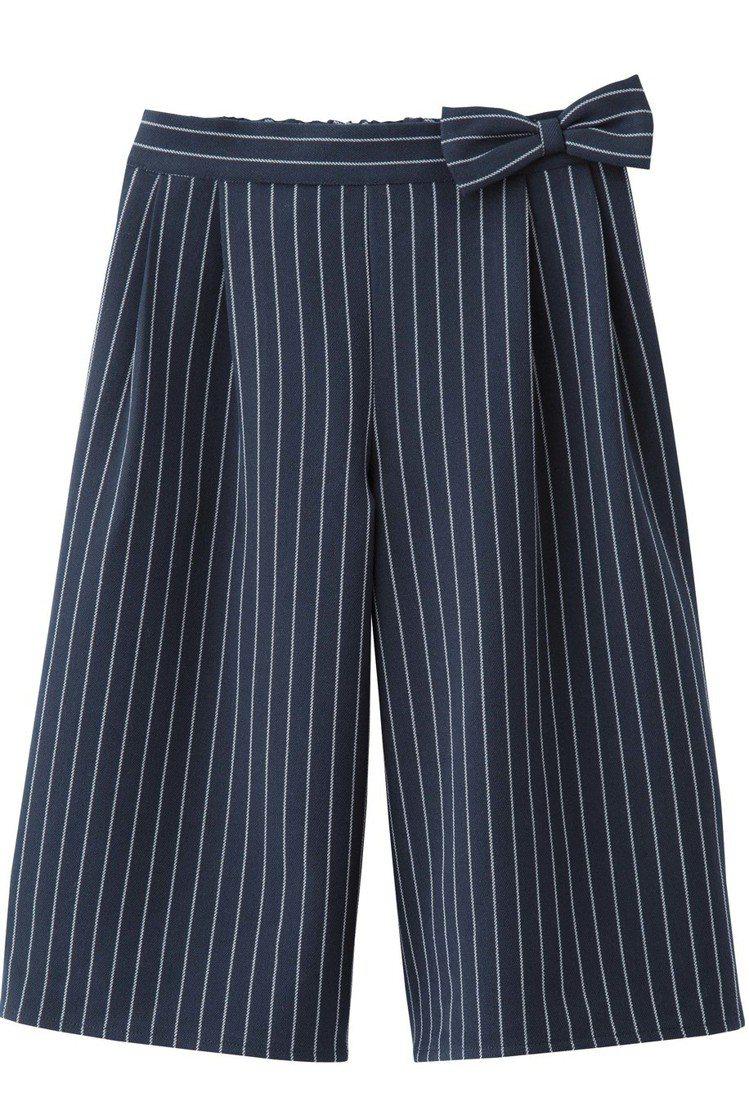 GU台灣網路商店將在3月10日正式開賣,每日特惠商品女童條紋寬褲,190元。圖/...