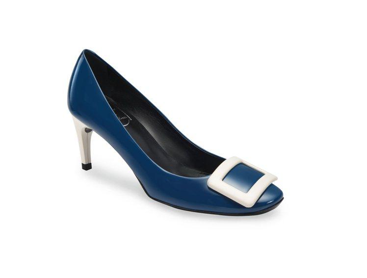 Roger Vivier全球獨家Belle de Nuit高跟鞋,售價30,60...