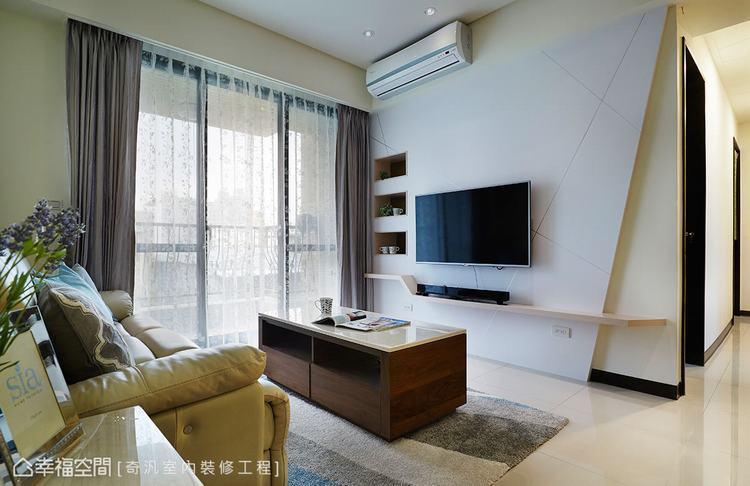 ▲電視牆: 奇汎室內裝修工程以美耐板為底的電視牆體,表面透過幾何分割線的切割,劃...