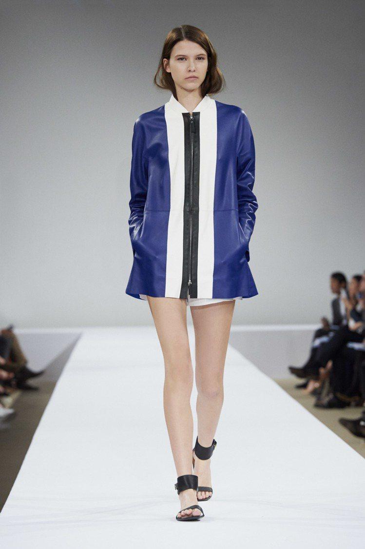 Longchamp幾何撞色羊皮外套,72,200元。圖/Longchamp提供