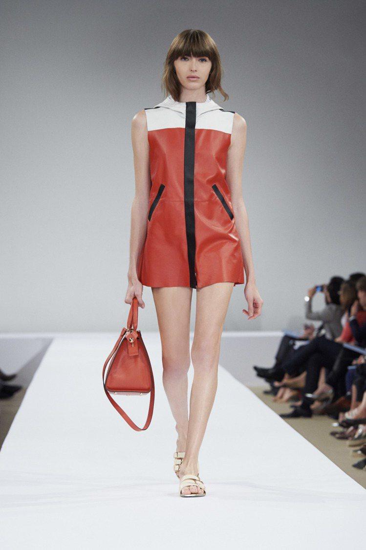 Longchamp撞色小羊皮背心,63,700元。圖/Longchamp提供