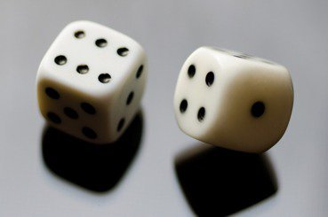當我們用「地攤賭徒」的邏輯來出版與招生